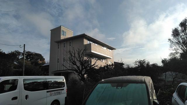 【1階と3階リビングの独立型二世帯住宅】①